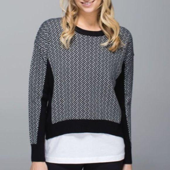 Lululemon Yogi Crew Sweater Black White Print Wool
